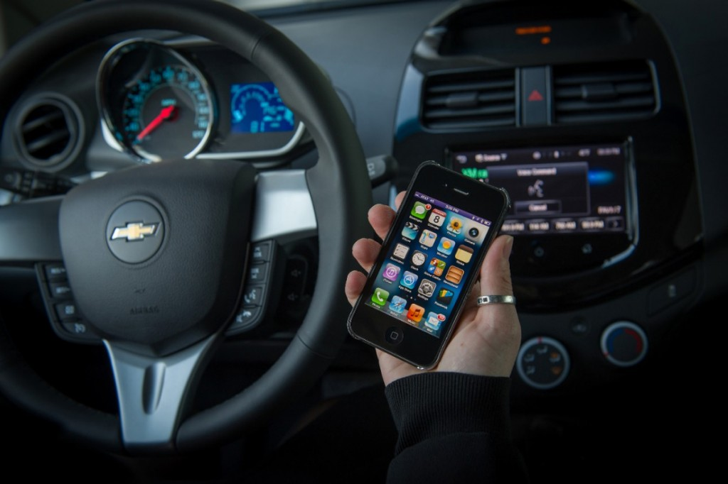 Siri 'Eyes Free' Coming To 2013 Chevrolet Spark And Sonic