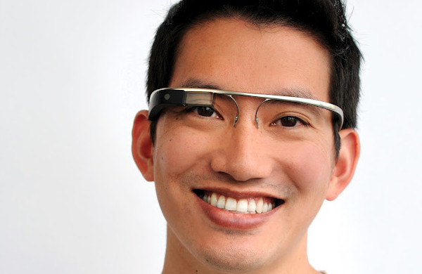 Google Glass Will Support GPS And SMS On The iPhone After All
