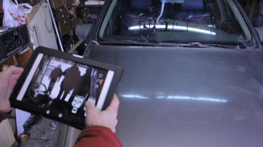 Russian Folks Control An Opel Vectra Using An iPad [VIDEO]