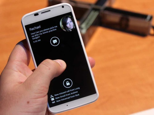 all-the-cool-things-googles-new-moto-x-phone-can-do