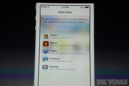 Apple Makes iWork Suite Free For New iOS Devices