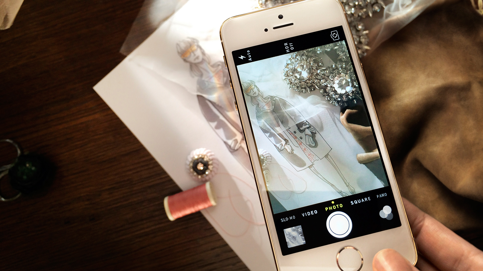 Burberry Will Use An iPhone 5s To Capture The London Fashion Show