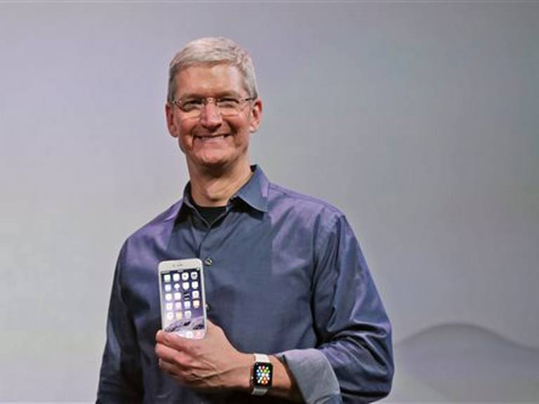 iPhone 6-Tim-Cook